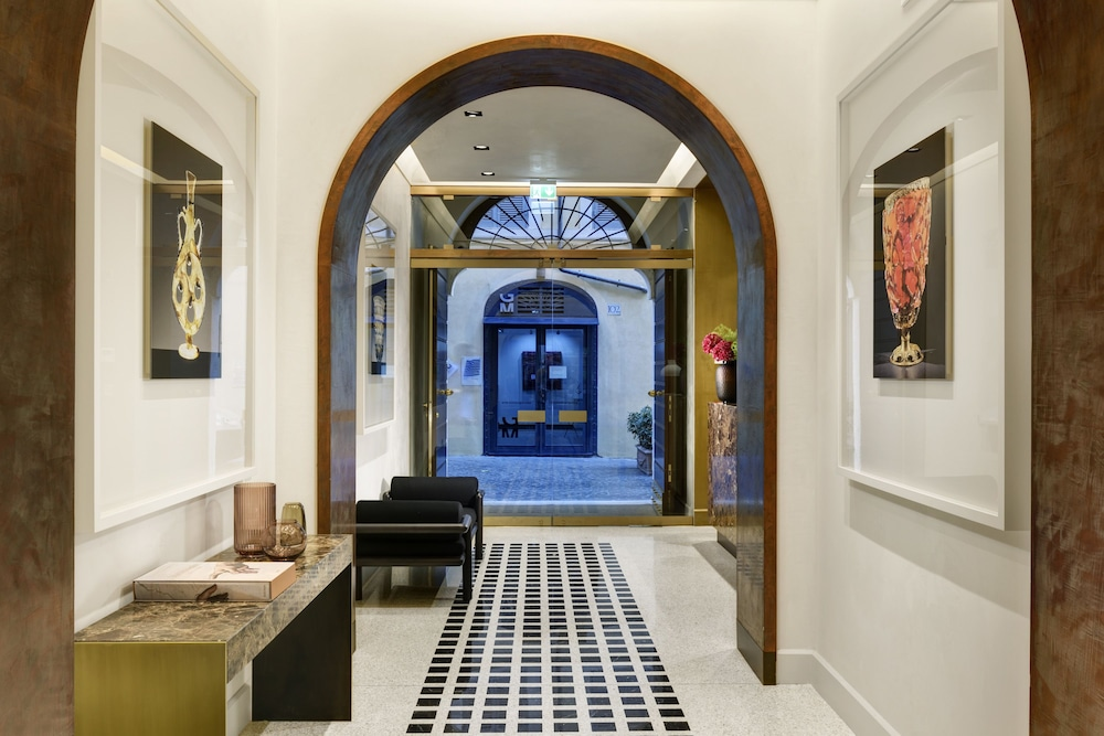 Book Margutta 19 Small Luxury Hotels of the World in Rome