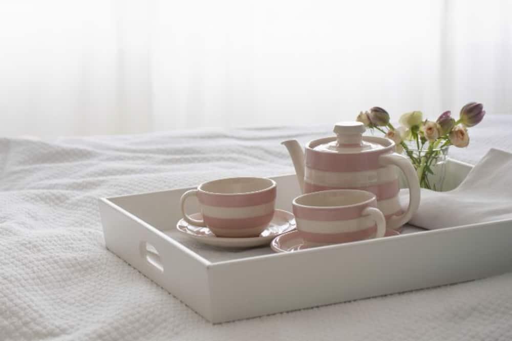 Standard Room - Room Service – Dining