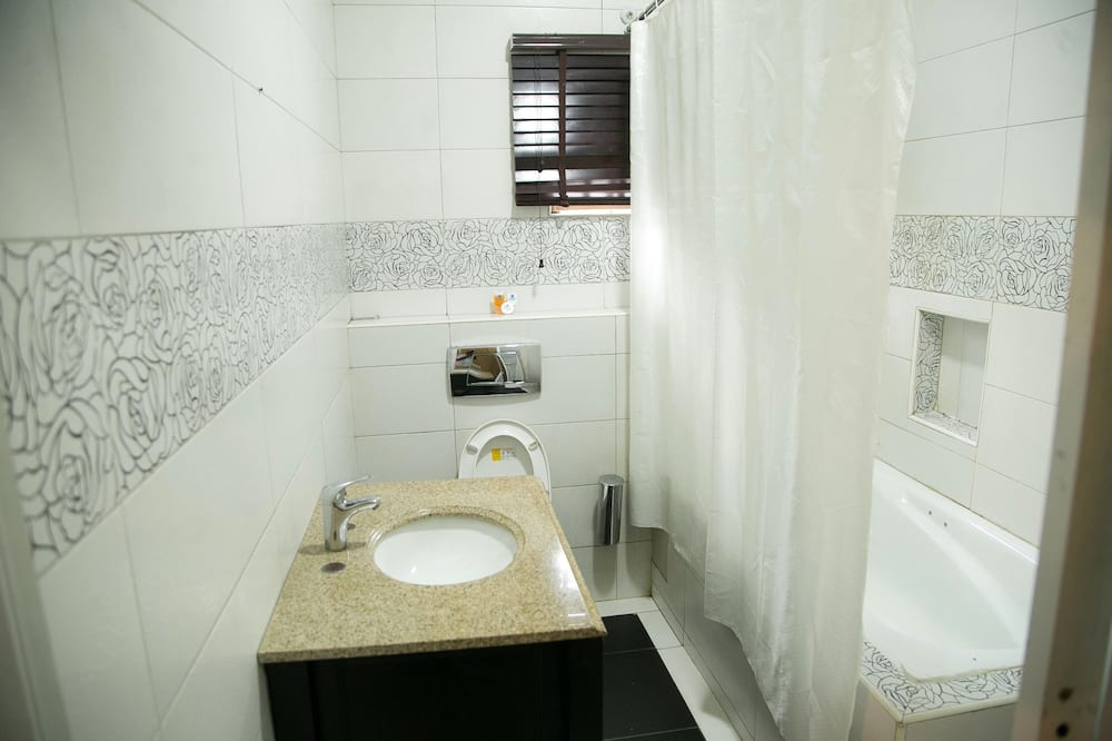 Izba typu Executive, 1 dvojlôžko - Kúpeľňa