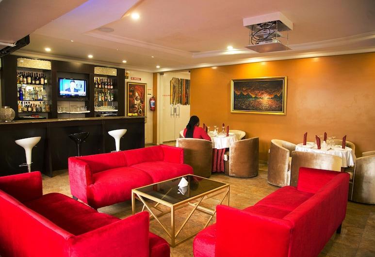 Chateux De Atlantique Hotel, Lagos, Hotel Bar