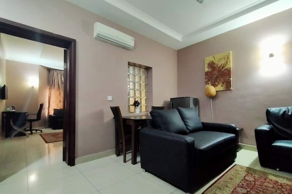 Sheer Suite 1 Bed - Living Room