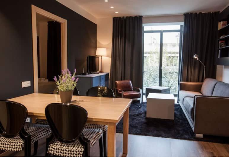 Cosmo Apartments Consell de Cent, Барселона, Апартаменты, 2 спальни, Гостиная