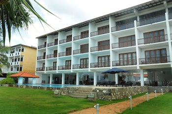 Picture of Serendib Beach Resort in Induruwa
