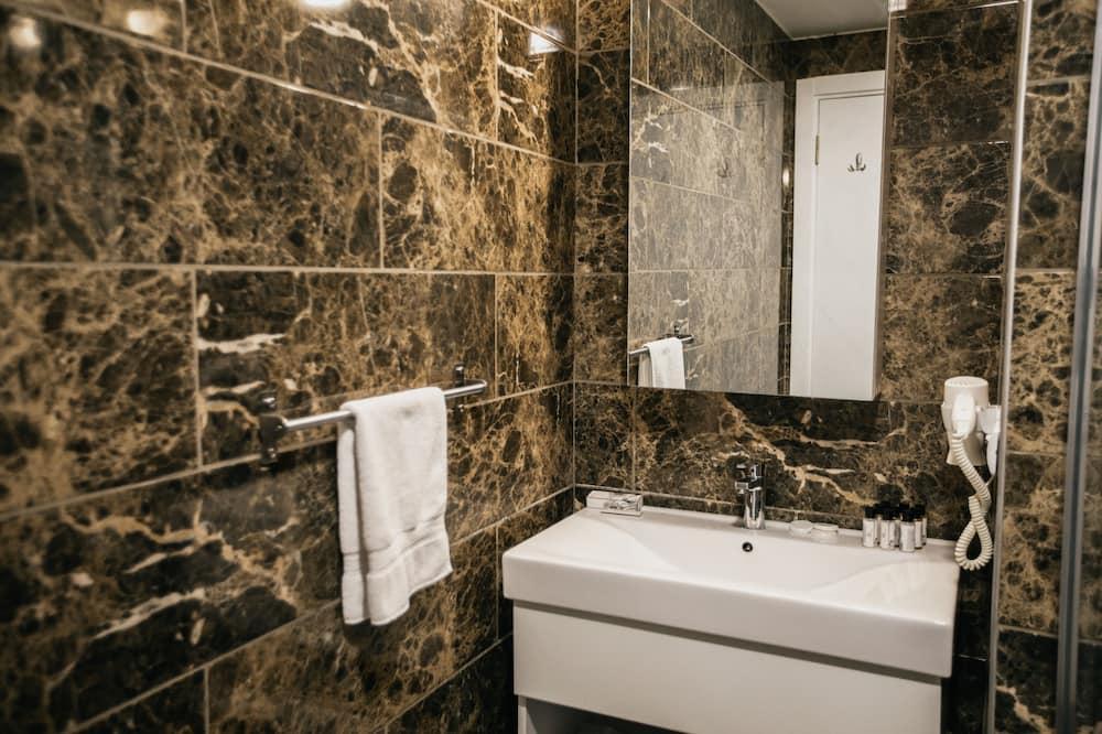 Номер «Эконом» - Ванная комната