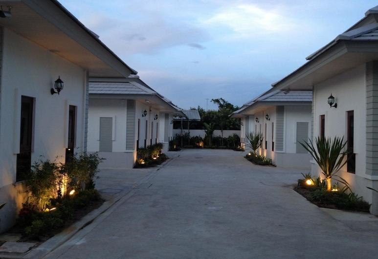 The Sixnature Resort Bangsaen, Chonburi