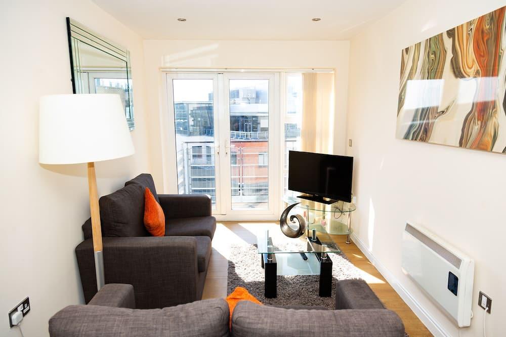 Apartment, Private Bathroom (Newcastle D) - Hotel Lounge