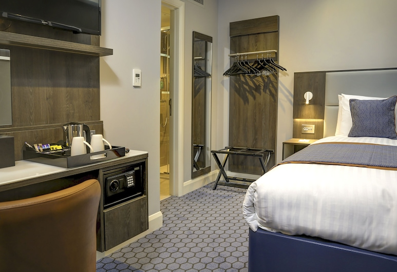 Best Western Plus Vauxhall Hotel, London, Standard Room, 1 Single Bed, Non Smoking, Guest Room