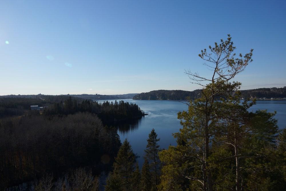 Výhľad na jazero