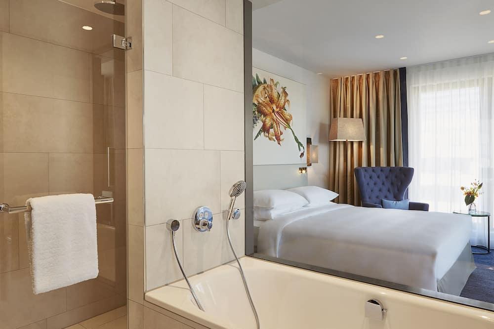 Deluxe-Zimmer, 1King-Bett (Club Access) - Badezimmer