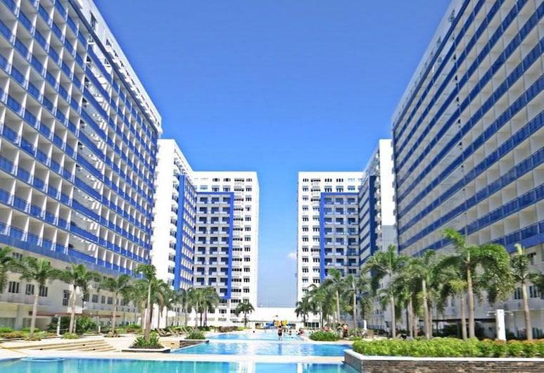 ComfyStay at Sea Residences, Pasay, Outdoor Pool