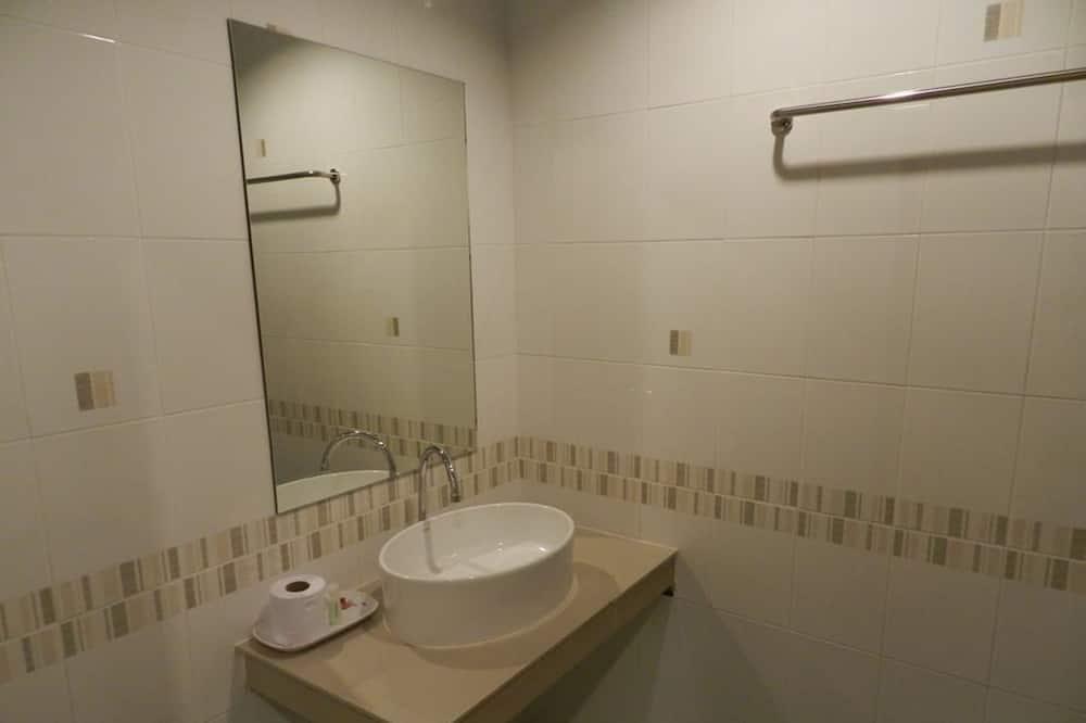 Chambre Deluxe - Lavabo de la salle de bain