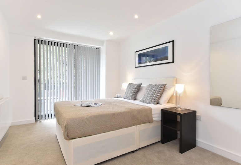 Oxford Apartments, London, Apartment, 3 Bedrooms, Room