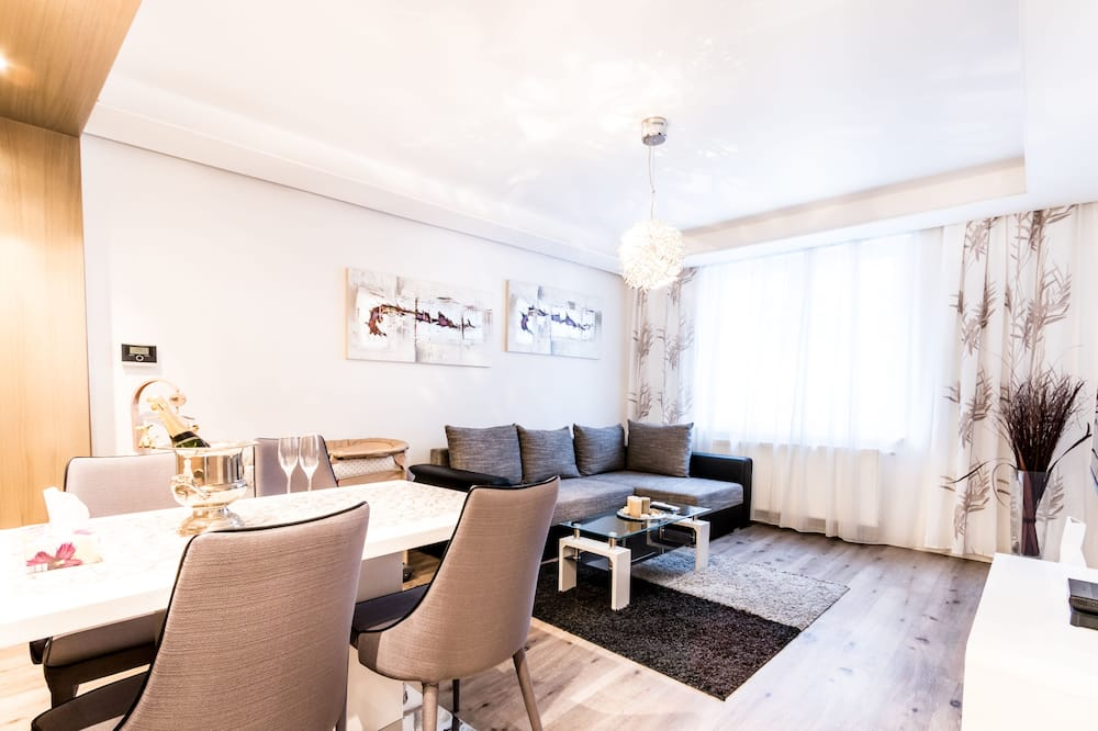 Apartemen Deluks, 1 kamar tidur, pemandangan kota - Ruang Keluarga
