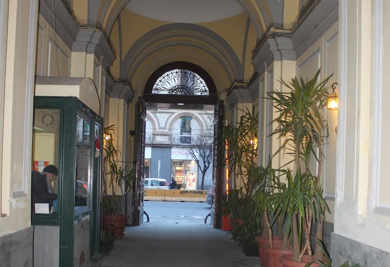 Duomo Residence, Napoli, Ingresso hotel