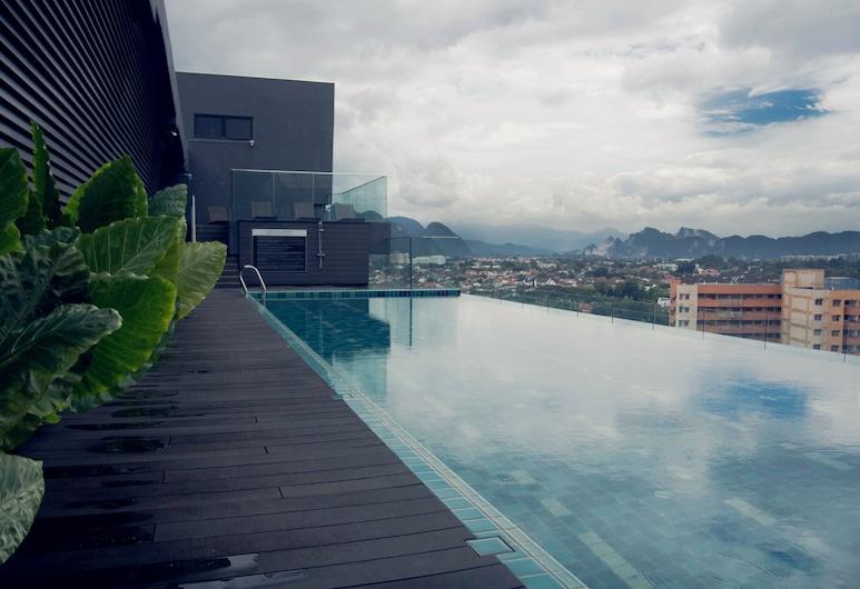 M Roof Hotel & Residences, Ipoh, Kültéri medence