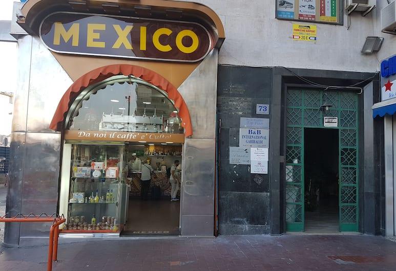 Napoli Relais, Naples, Entrée de l'hôtel
