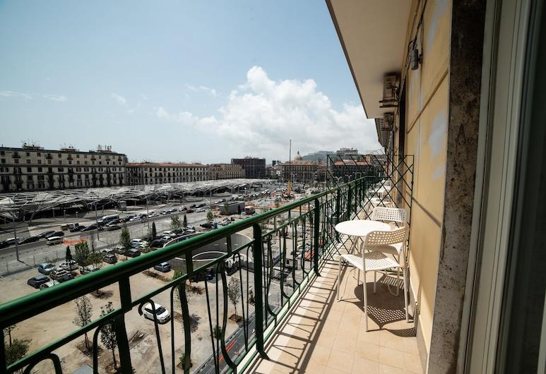 B&B Paradise, Napoli, Doppia Superior, 1 letto matrimoniale, vasca da bagno, vista città, Balcone