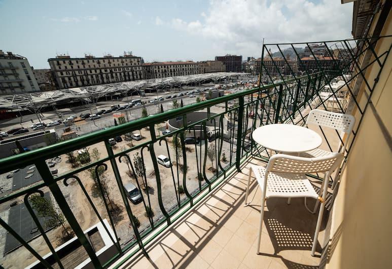 B&B Paradise, Napels, Superior tweepersoonskamer, 1 tweepersoonsbed, Bad, Uitzicht op de stad, Uitzicht vanaf balkon