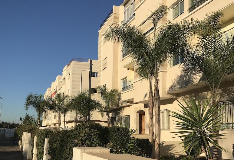 Oasis Square Apartment, Casablanca, Facciata della struttura