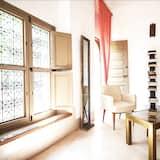 Deluxe-Doppel- oder -Zweibettzimmer (Gemeaux) - Wohnbereich