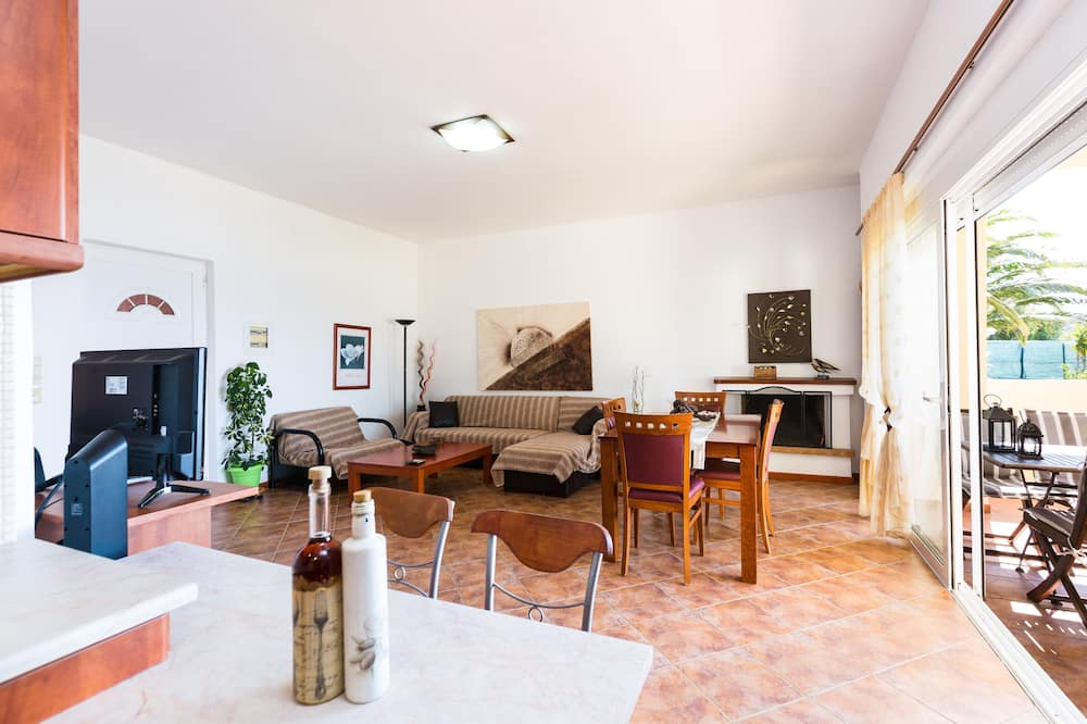 Duplex, 2 Bedrooms, Private Pool, Sea View (Chryssa) - Living Area