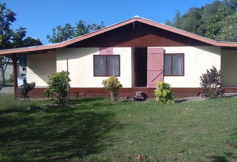 Nacula Homestay, Nacula Island