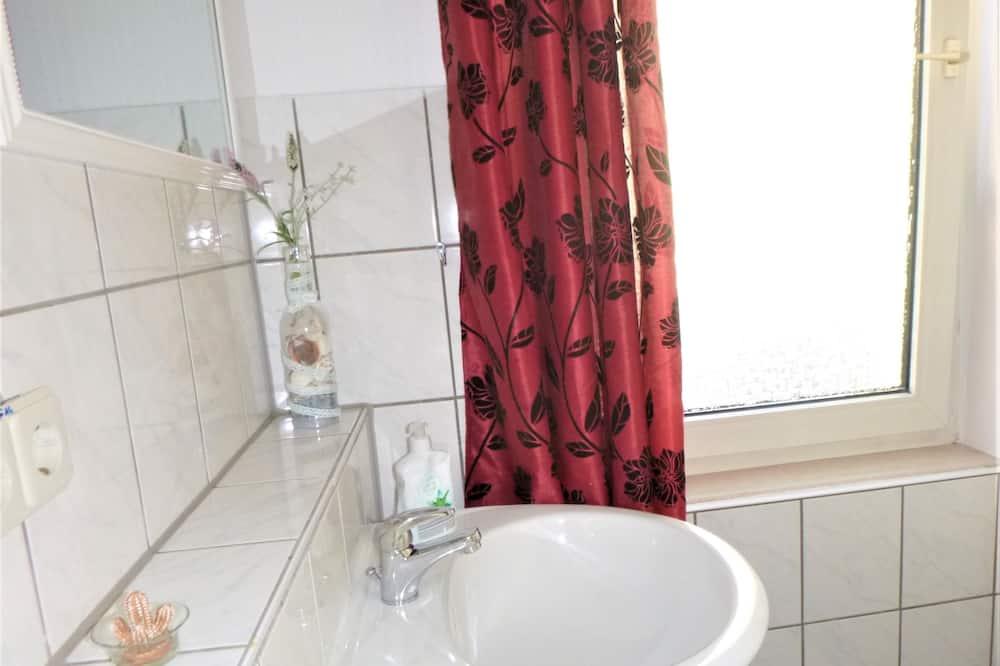 Jednolôžková izba typu Basic, spoločná kúpeľňa (Zi 10) - Kúpeľňa