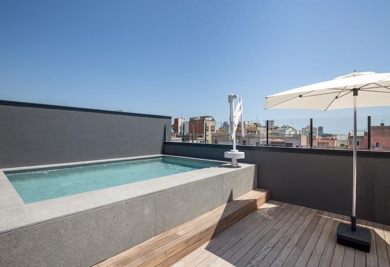 Room Mate Gerard, Barcelona, Takterrasse med basseng