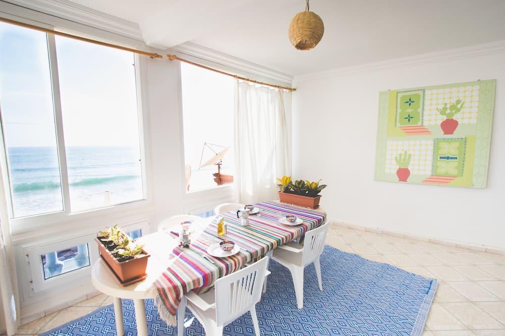 Basic-Apartment, 3Schlafzimmer, Meerblick - Essbereich im Zimmer