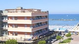 Choose This Beach Hotel in Cesenatico -  - Online Room Reservations