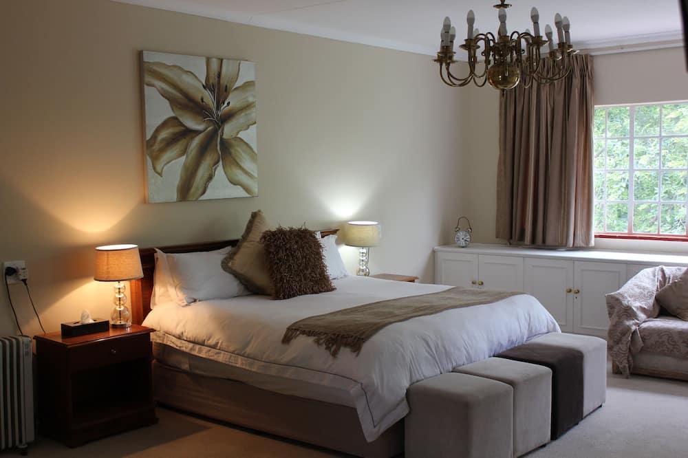 Deluxe Room, 1 Bedroom (Rose Room) - Guest Room