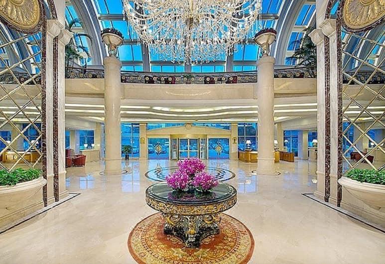 Celebrity International Grand Hotel, Beijing, Lobby