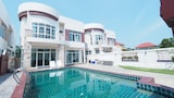 Book this Kitchen Hotel in Pranburi