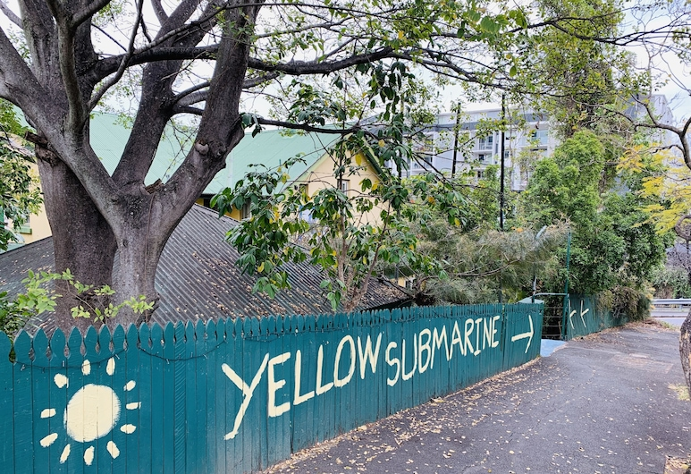 Yellow Submarine Backpackers, Brisbane