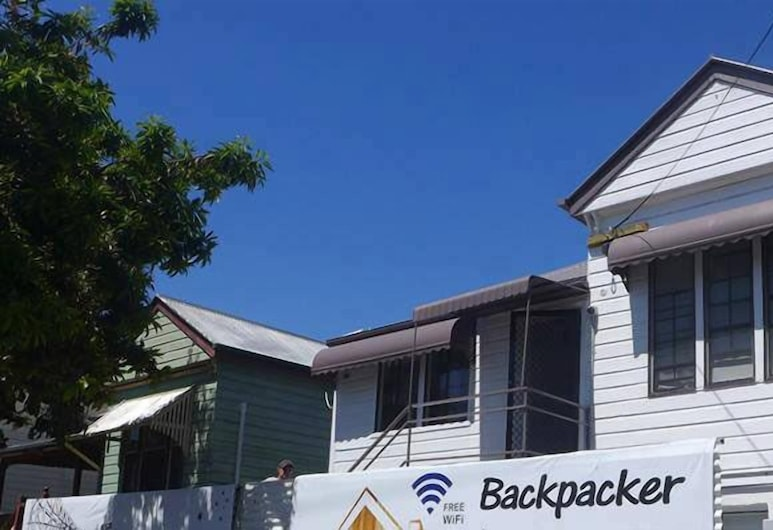 Gonow Family Backpackers Hostel, West End