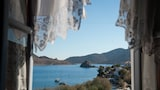 Choose this Apart-hotel in Patmos - Online Room Reservations