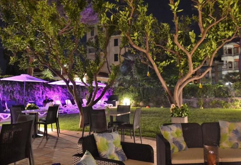 Gold Hotel, Bordighera, Puutarha