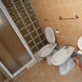 Standard Twin Room (External bathroom) - Bilik mandi