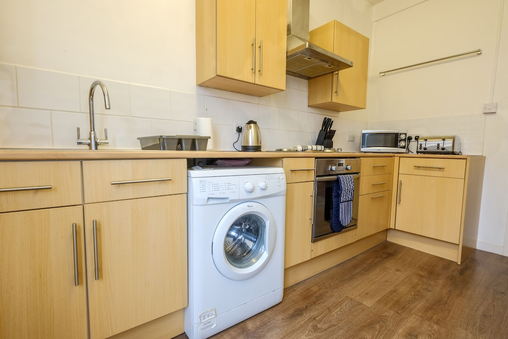 book city road apartment in norwich hotels com