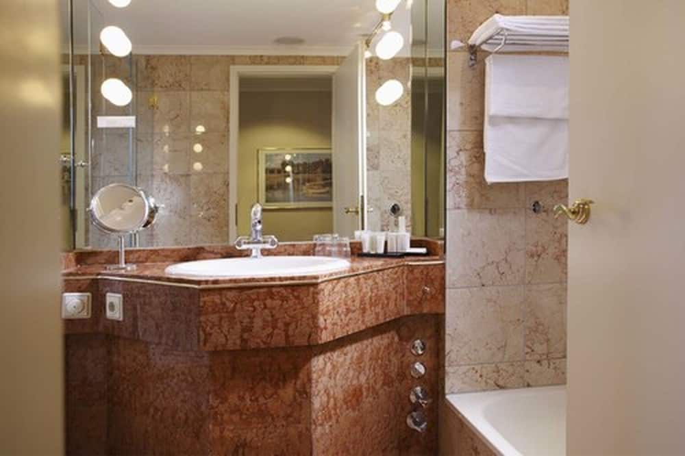 舒適單人房, 陽台 - 浴室