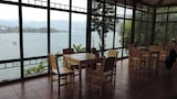 Reserve this hotel in San Lucas Toliman, Guatemala