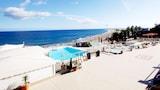 Choose This 3 Star Hotel In San Bartolome de Tirajana