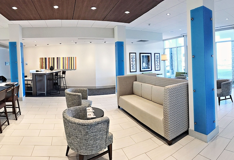 Holiday Inn Express & Suites Sterling, an IHG Hotel, Sterling, Lobi