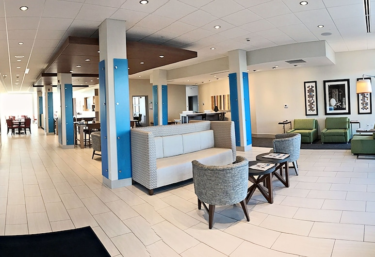 Holiday Inn Express & Suites Sterling, Sterling, Lobby