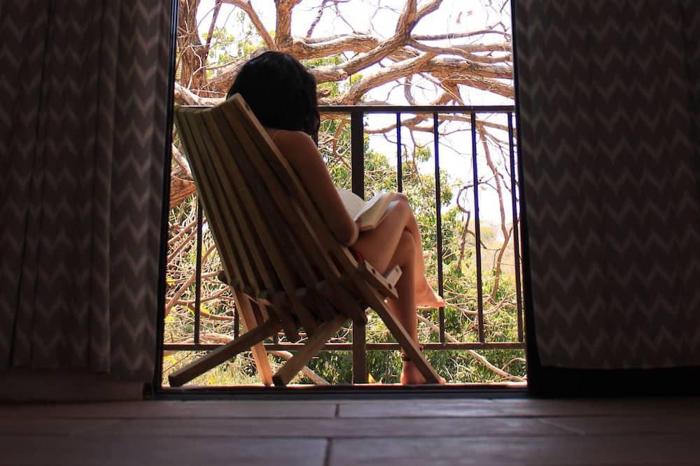 Romantic kahetuba, 1 magamistoaga, vaade mägedele, asukoht aias / aiapoolne - Tuba