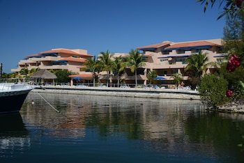 Picture of  Porto Bello Gran Marina in Puerto Aventuras