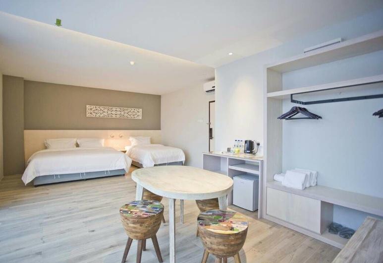 M+ Boutique Hotel, Gelang Patah, Premier, Guest Room
