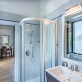 Panorama-Zimmer, 1 Queen-Bett, Nichtraucher, Seeblick - Badezimmer