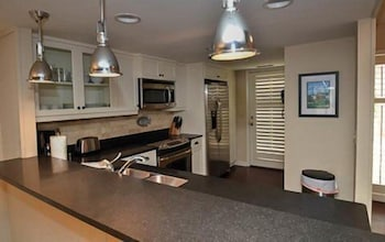 Picture of 1 Ocean Club Villa by RedAwning in Hilton Head Island