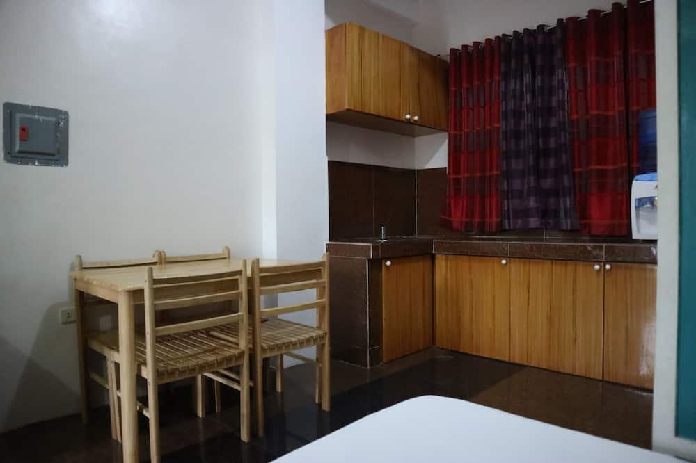 Apartament typu Executive Suite (for 4) - Wyżywienie w pokoju